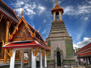 Bangkok's Grand Palace Complex & Wat Phra Kaew Tour Photos