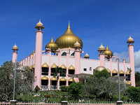 Old State Mosque / Kuching Mosque