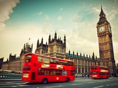 Palace Of Westminster & Big Ben In London