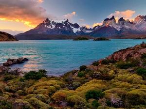 Torres del Paine Trek in Patagonia 7 Days