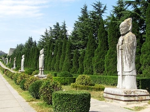 Xian Tour - Famen Temple and Museum, Qianling Mausoleum and Museum Photos