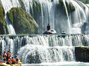 Rafting on the Una River Photos