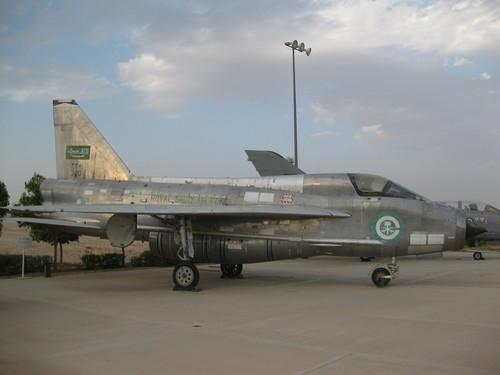 الشامل وبالتفصيل الممل عن تاريخ القوات الجويه السعوديه<<الصقور الخضر>> Royal-saudi-air-force-museum-r-s-a-f-_-b-c-lightni_700_0