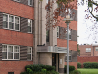 Samester Parkway Apartments