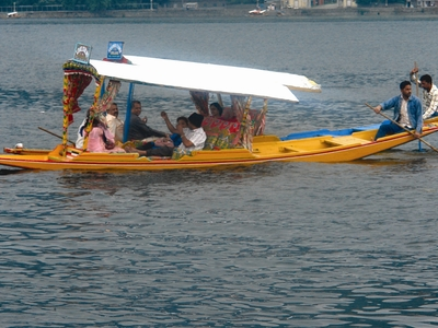 Shikara Boat Ride At Dal Lake, Srinagar