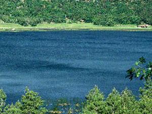 Stoneman Lake