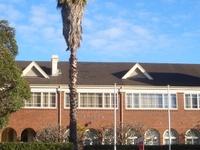 Meriden School