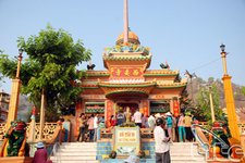 Tay An Pagoda
