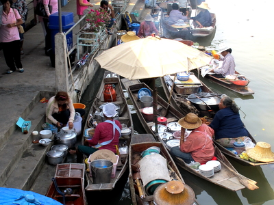 Tha Kha Floating Market
