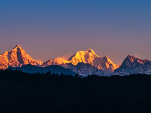 Kangchenjunga North and South 28 Day Trek Photos