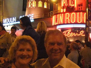 Dinner and Show at the Moulin Rouge with Hotel Pickup Photos