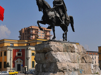 Skanderbeg Square