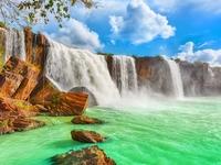 Trinh Nu Waterfall