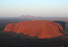 Uluru Clip