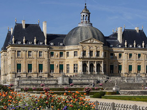 An Evening at Vaux-le-Vicomte Palace including Dinner and Candlelight Visit Photos