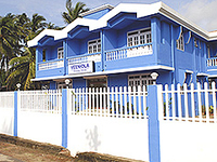 Veeniola Holiday Home