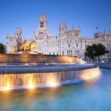 View Madrid Central Post Office & Cibeles Fountain
