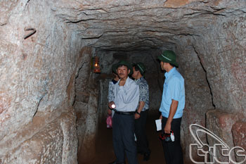 Vinh Moc Tunnels