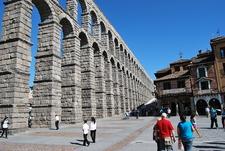 Vista Del Acueducto Romano