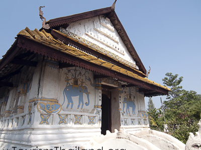 Wat Sa Thong Ban Bua