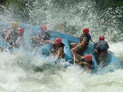 White Water Rafting On Nile In Uganda