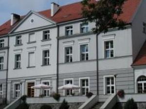 Zwartowo's Palace