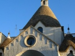 Alberobello and its trulli: a tour in a fairy tale Photos