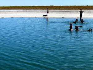 Cejar Lagoon & Tebinquiche Photos