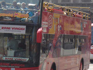 City Sightseeing Milan hop on hop off tour Photos