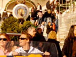 Discover Gaudí Photos