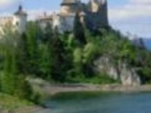 Dunajec River and Niedzica Castle Photos