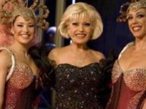 El Molino Burlesque Fever Show in Barcelona Photos