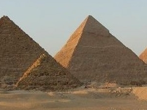 Half day sightseeing to Pyramids of Giza and Sphinx Photos