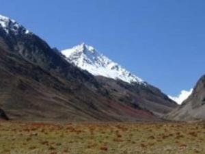 Himalayan Jeep Safari. Standart package Photos
