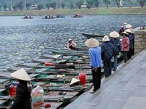 Hoa Lu - Thung Nang - Bich Dong Photos