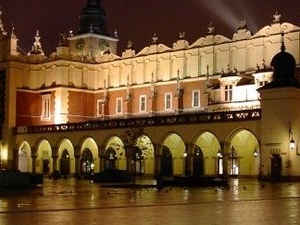 KRAKOW BY NIGHT Photos