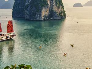 Lover encounters in Vietnam Photos