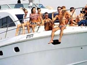 Luxry Yacht Cruise Photos