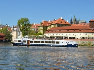 One hour city cruise in Prague - ticket only Photos