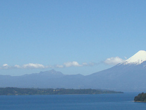 Photografic Safari   The Massive LLanquihue Lake & Towns  - Chile
