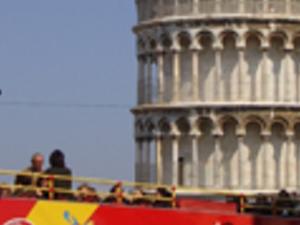 Pisa tourist bus Photos