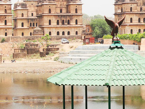 Private Same day Orchha Excursion from Khajuraho with drop at Jhansi Railway Station or Khajuraho Photos