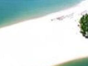 Schooner Trip - Gunga Beach. Photos