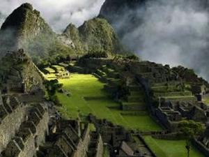 Short Inca Trail to Machu Picchu 2 Dias Photos