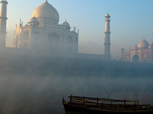Taj Mahal tour by Car Photos