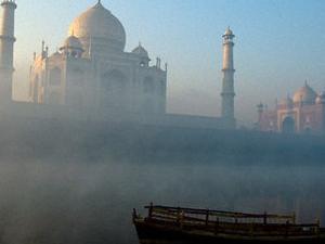 Taj Mahal tour by Car Photos