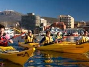 The Hobart Paddle - Kayak Tour