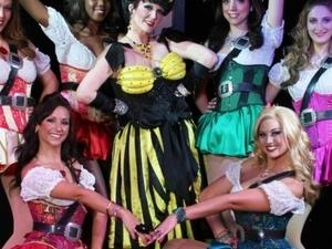 Tresaure Tavern Orlando - Dinning & Show Photos