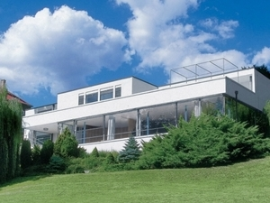 Villa Tugendhat Tour: Modern World Heritage Architecture Tour in English Photos