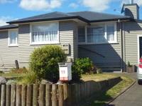 Real Taupo family love gardening